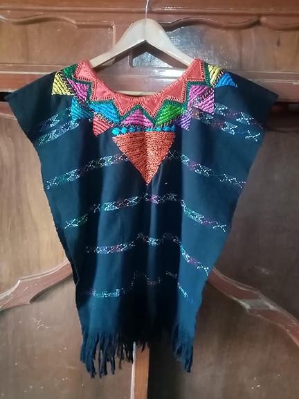 Silk Thread Embroidered Huipil $700 pesos plus shipping (mas envio)