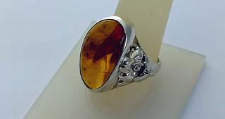 Yellow amber ring $725 pesos plus shipping (mas envio)