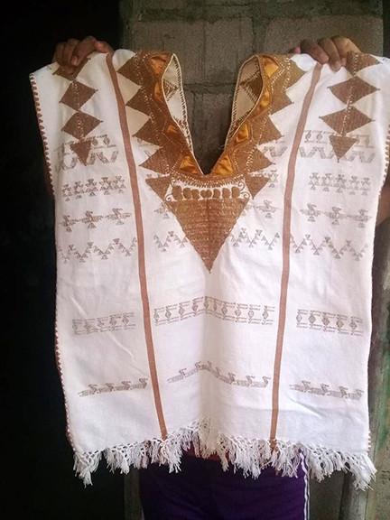 Cuyuchi Cotton Huipil $700 pesos plus shipping (mas envio)