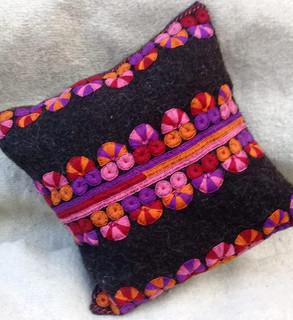 Hand-woven wool mini pillow $350 pesos plus shipping (mas envio)