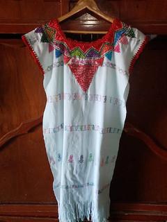 Huipil with Silk Thread $2,300 pesos plus shipping (mas envio)
