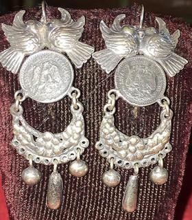 "Mexican Coin ""Regina of the Isthmus"" Silver Filigree Earrings $1,600 pesos plus shipping (mas envio)"
