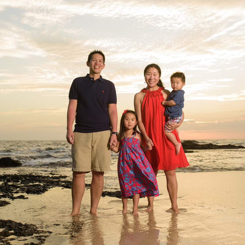 Professional family photographer in Costa Rica