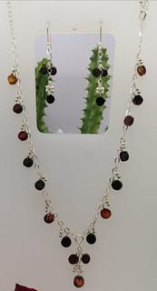 Red amber choker with silver chain $950 pesos plus shipping (mas envio)