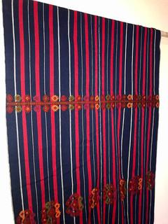 Brocade table cloth $4,000 pesos plus shipping (mas envio)