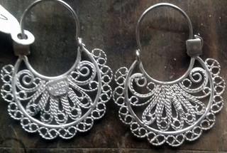 Arracada Filigree silver earrings $1100 pesos plus shipping (mas envio)