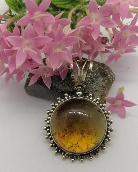 Amber pendant set in 925 sterling silver $550 pesos plus shipping (mas envio)