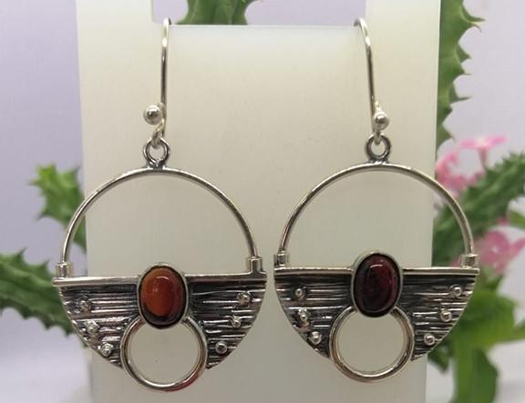 Red amber earrings set in 925 sterling silver $950 pesos plus shipping (mas envio)