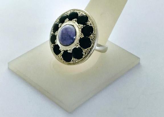 Amber ring $3,500 pesos plus shipping (mas envio)