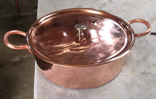 Copper rice pan $1,500 pesos plus shipping (mas envio)