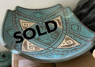 SOLD-Fruit Bowl in Barro Esgrafiado $6,500 pesos plus shipping (mas envio)