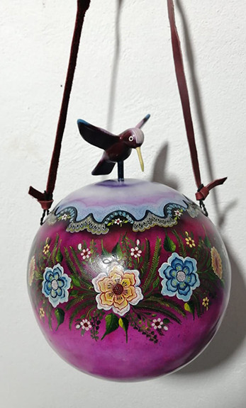 Hand-painted Lilac Gourd Purse $3600 pesos plus shipping (mas envio)