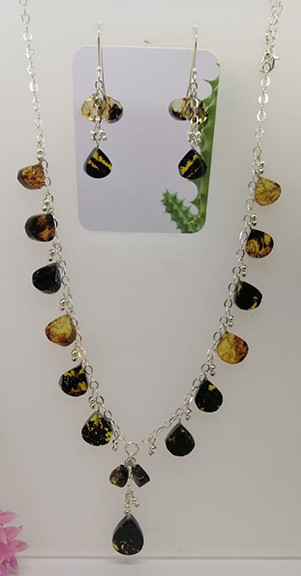 Amber moss necklace with silver chain $750 pesos plus shipping (mas envio)