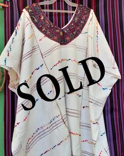SOLD.--Large Huipil $5,000 pesos plus shipping / mas envio