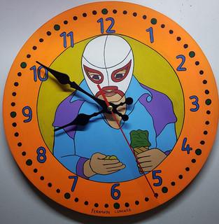 Lorenzo Family Clock $1,200 pesos plus shipping (mas envio)