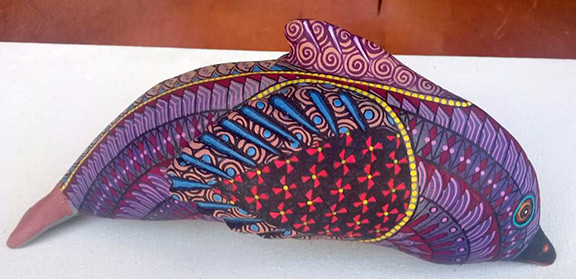 Hand-carvedAlebrije $2500 pesos plus shipping (mas envio)