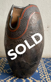 SOLD-Vase in Barro Esgrafiado with Fish $2,500 pesos plus shipping (mas envio)