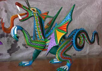 fuentes-dragon-large.jpg