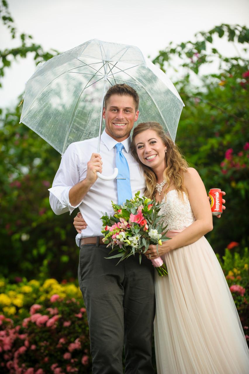 Celebrating love, rain or shine in Hacienda Pinilla