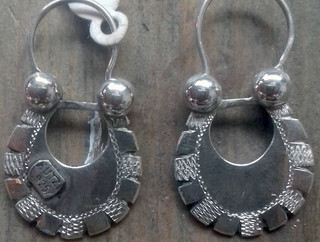 Arracada Ihuatzio silver earrings $1500 pesos plus shipping (mas envio)