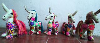 Embroidered unicorns $300 pesos plus shipping (mas envio)