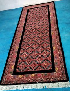 """Larrainzar"" Oriental-style hand-knotted Rug $16800 pesos plus shipping (mas envio)"
