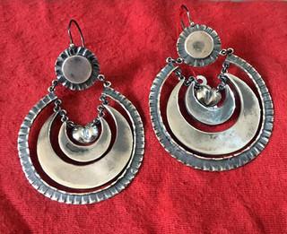 Silver Earrings $3,000 pesos plus shipping (mas envio)