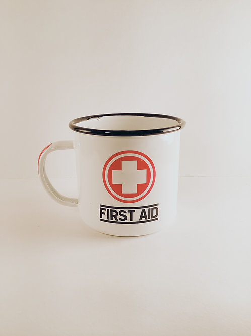 """Emaille-Tasse """"First Aid"""""""
