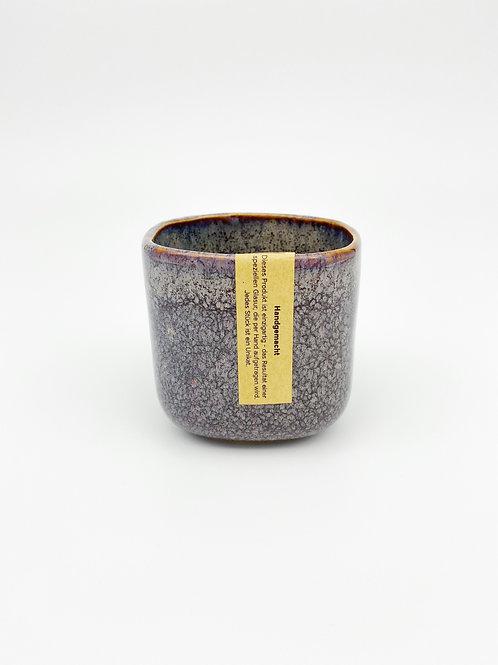 Becher violett