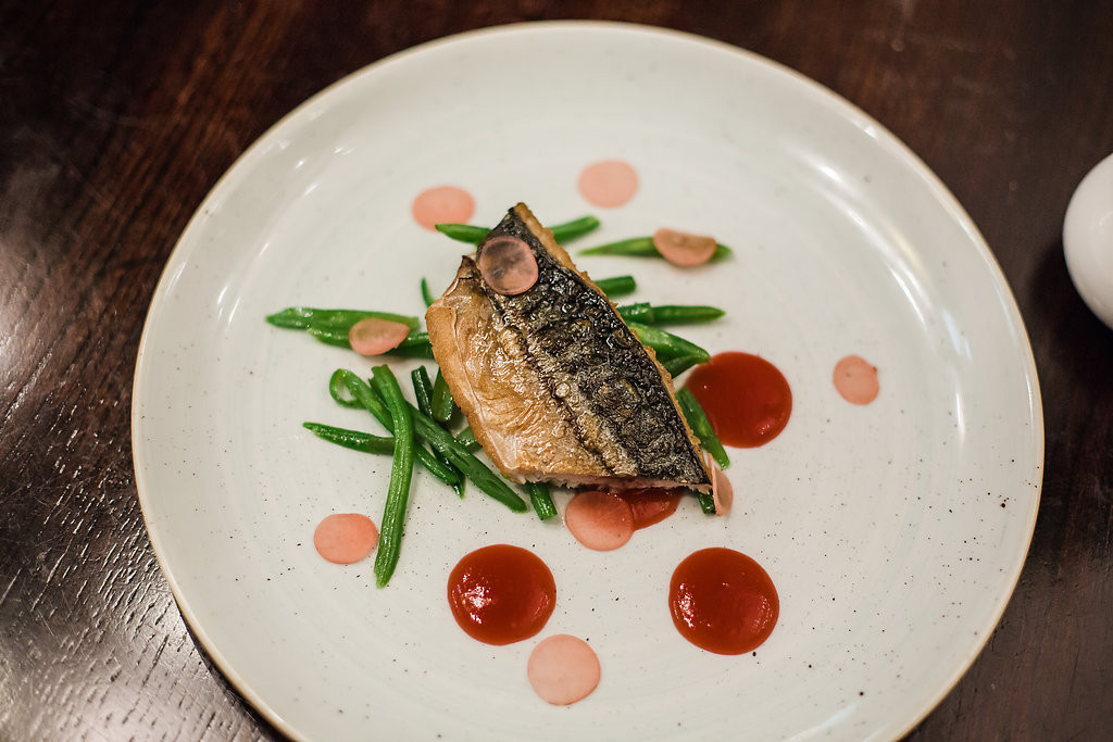 smoked mackeral, pickled radish, green beans
