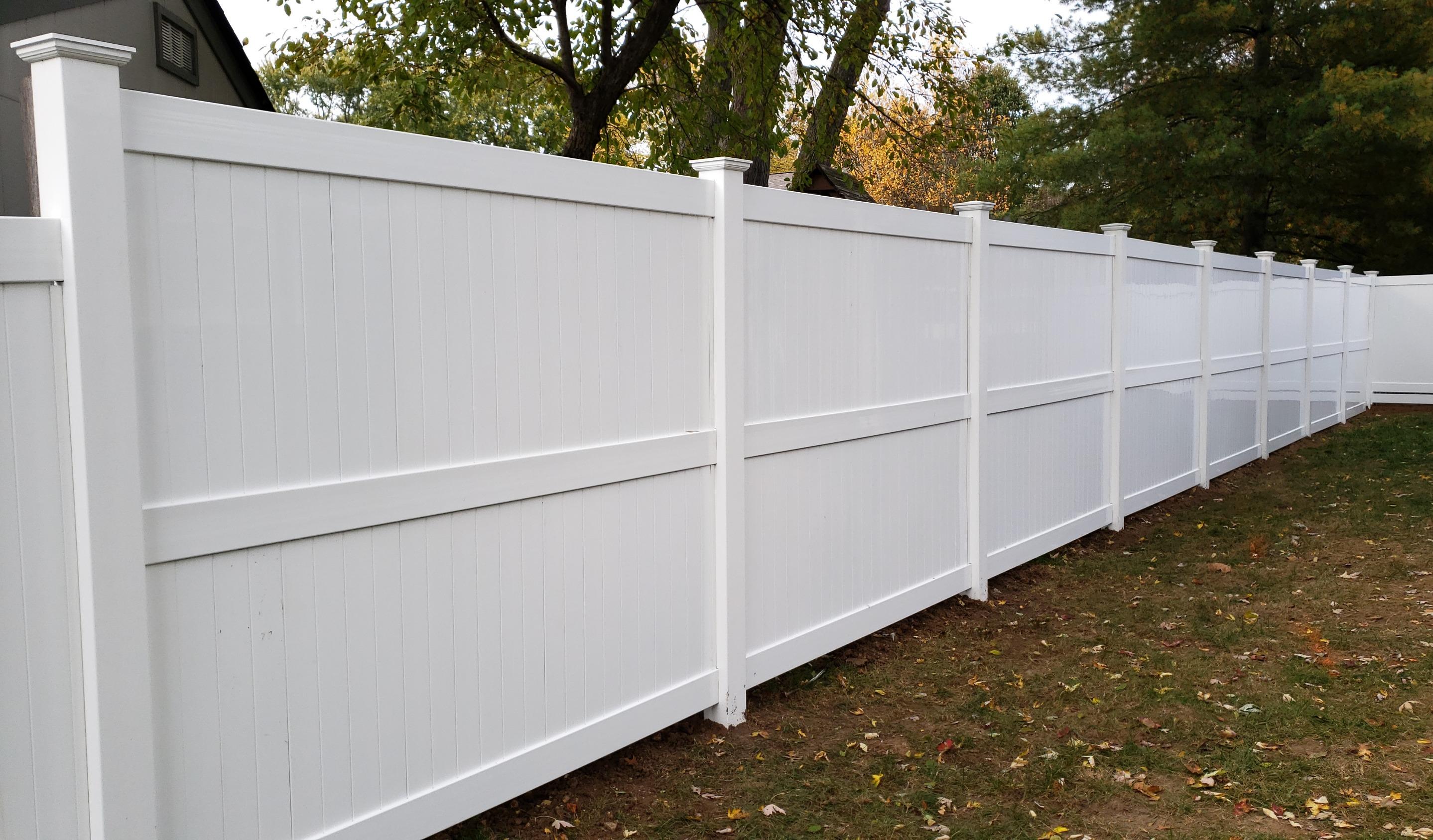 PolyVinyl Vinyl Fence
