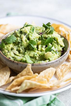 Chipotle-Guacamole-Recipe-Copycat-Culina