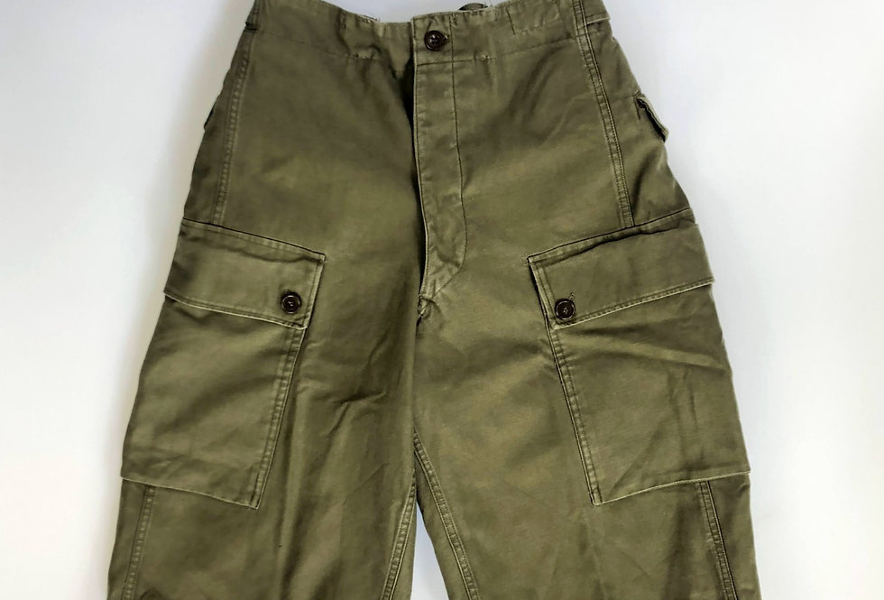 1960s netherlands army cargo shorts