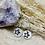 Thumbnail: Boucles créoles fines avecétoile enacier inoxydableArgenté avec Nacre