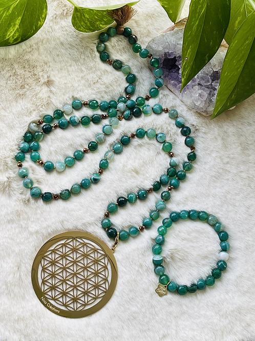 Sautoir et Bracelets en Agate dans les ton vert turquoise