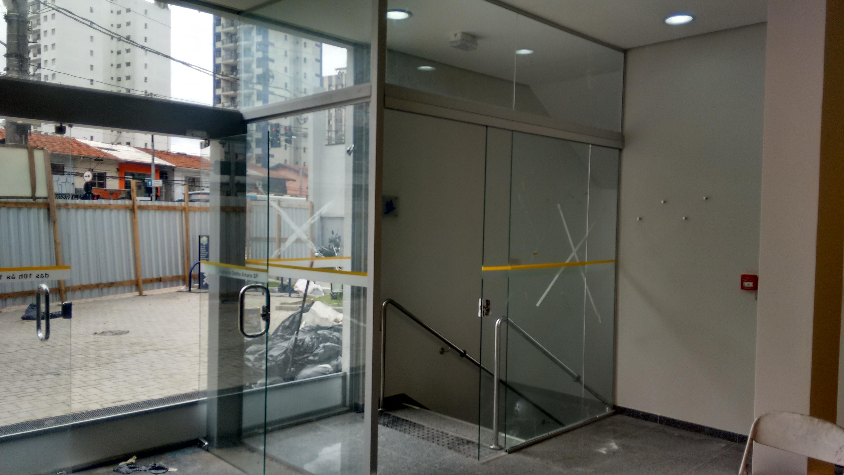 Fechamento com portas