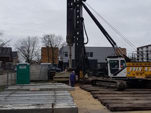Start bouw BoZ - Eerste paal