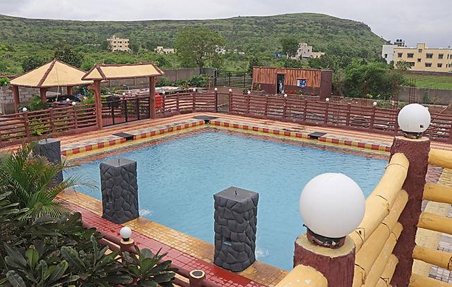Swimming Pool 15.jpg