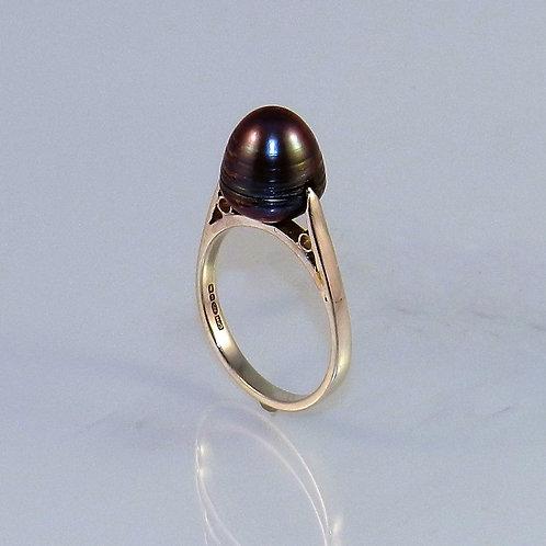 Grey Ring