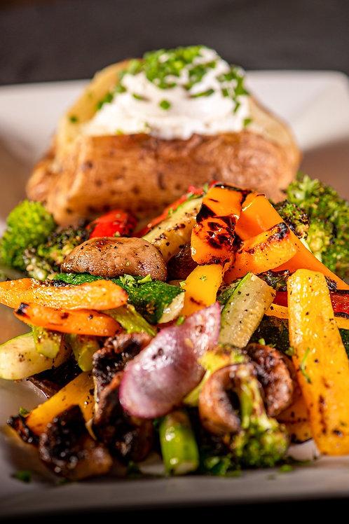 Hausgebackene Ofenkartoffel vegetarisch