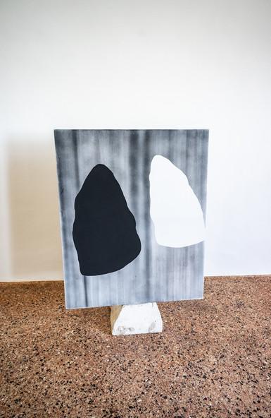 Federico Aprile, Pneuma, 2019, olio e fusaggine su tela, 127x101 cm, courtesy l'artista, credit Federico Rinaldi