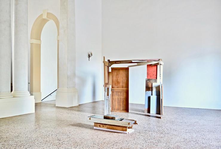 Daniele Gagliardi, Senza titolo, 2019, pittura su materiali vari, dimensioni variabili, courtesy l'artista, credit Daniele Gagliardi