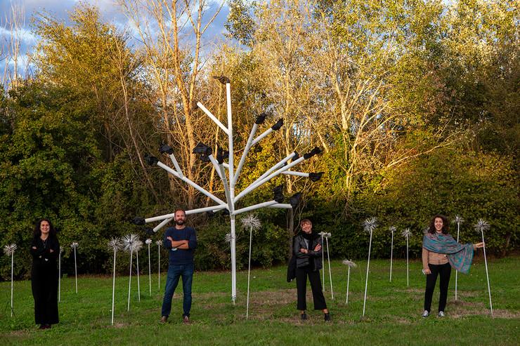 Studio Pace10, Fuliggine antropomorfa, 2020, tecnica mista, dimensioni ambientali, courtesy gli artisti, credit Gianfranco Maggio