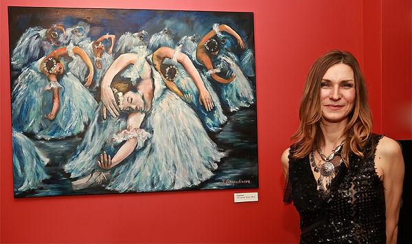 Canadian painter of portraits and dancers from Montreal Quebec Jenie Gospodinova