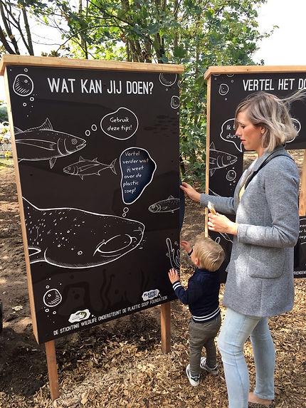 Plastic soep objecten Beekse Bergen