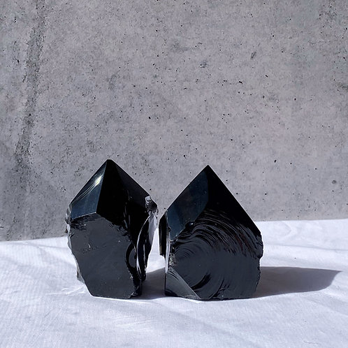 Black Obsidian Flat Base Polished Point