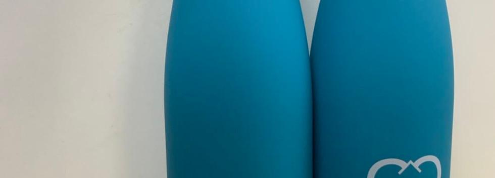 Trinkflasche Blau.jpg