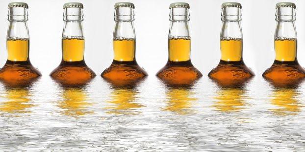 beer-bottles-in-water.jpg