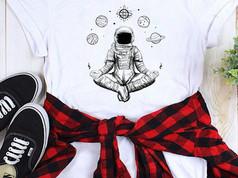 Asztronautás egyedi póló, totebag, pulcsi, pulóver, t-shirt, naprendszer, solarsystem, space