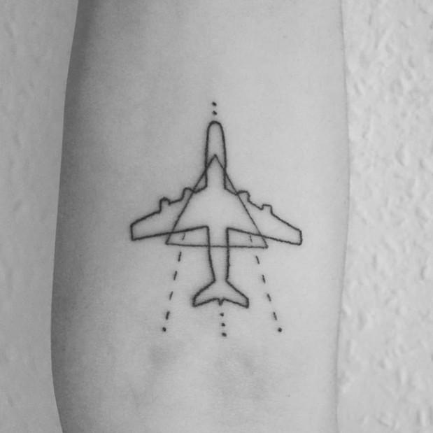 Airplane handpoke